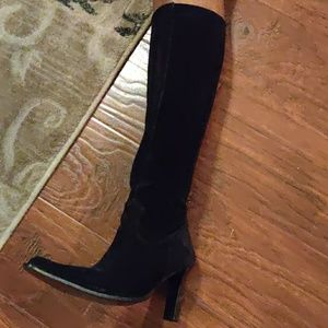 Nine West Black Suede Lavorazione Artigiana boots